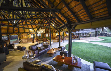 Okonjima Luxury Bush Camp Lapa